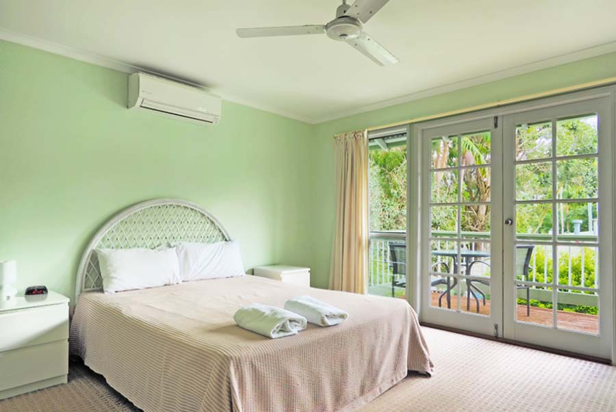 bedroom townhouse coral beach noosa resort