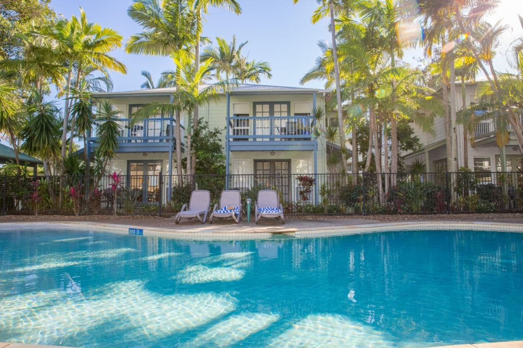Coral Beach Noosa Resort Townhouses that overlook the pool